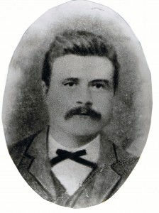 Morten Johnsen fra Sør-Fron kom som veiarbeider til Tana og var på anlegget i 1895. Han slo seg ned i Masjok.